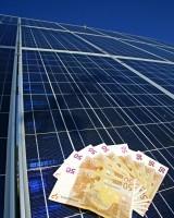 Solarschafe in Panik: Photovoltaik-Anlagen mit Einspeisung illegal?